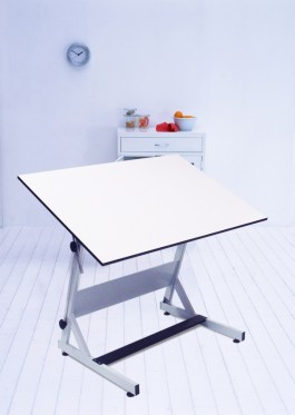 "30"" x 42"" MXZ Drawing Table"